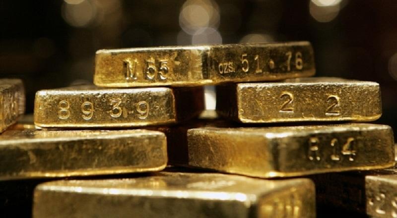 \Harga Emas Turun Dipicu Penguatan Dolar\