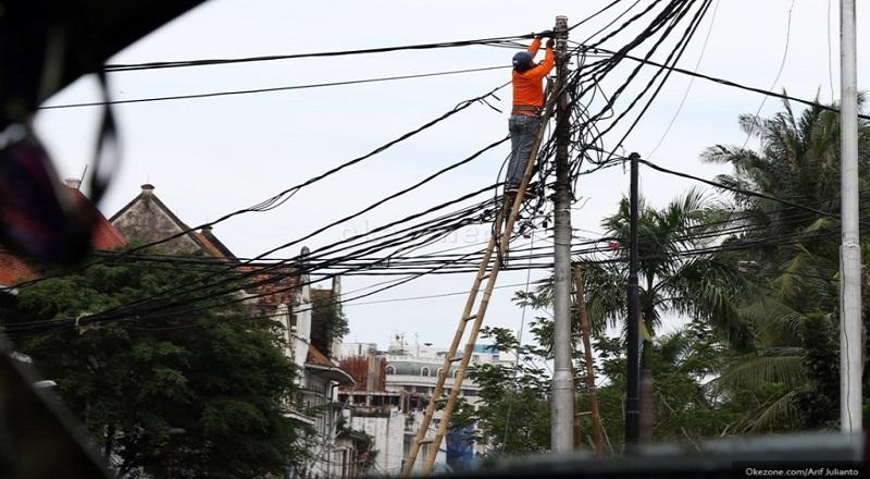 [Image: tarif-listrik-kembali-naik-kecuali-golon...VZJySs.jpg]