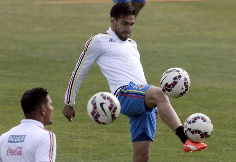 Falcao gabung Chelsea (Foto: Reuters/Henry Romero)