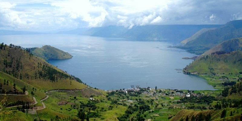 Rizal Ramli Ingin Jadikan Danau Toba sebagai Monaco Asia