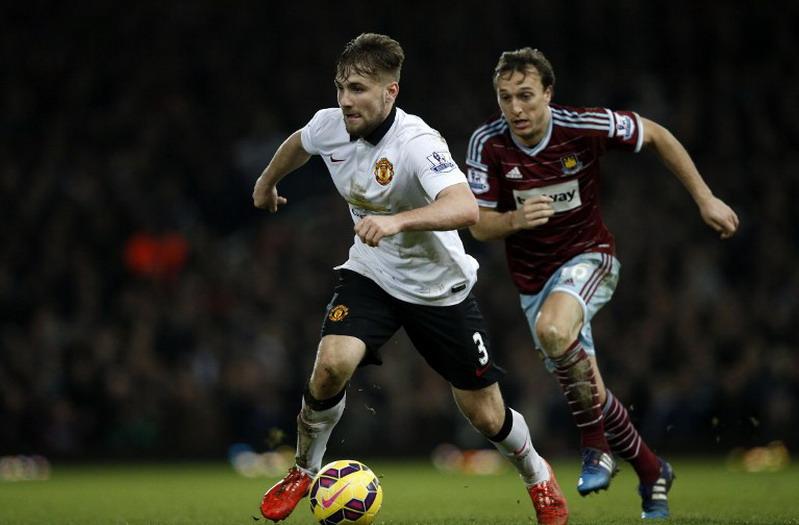 Shaw siap bantu Martial beradaptasi di United (Foto: AFP)
