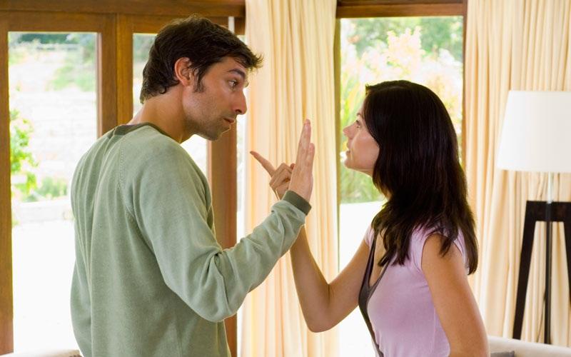 Lakukan Ini saat Suami Larang Istri Bekerja