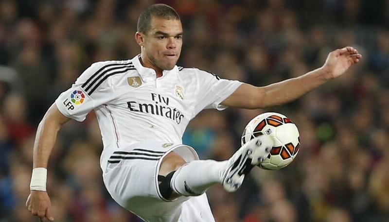 Pepe absen kontra Malaga lantaran mengalami cedera otot