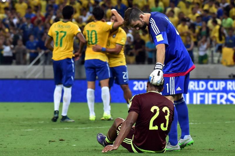 Brasil kalahkan Venezuela.