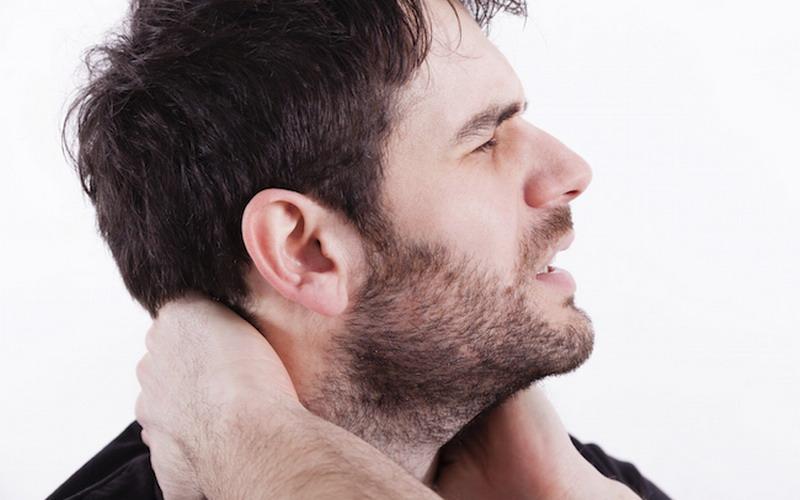 Tips Cegah Sakit Punggung karena Duduk Lama