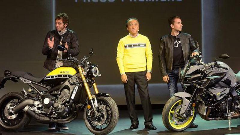 Valentino Rossi dan Jorge Lorenzo (Foto: La Gazzetta della Sport)