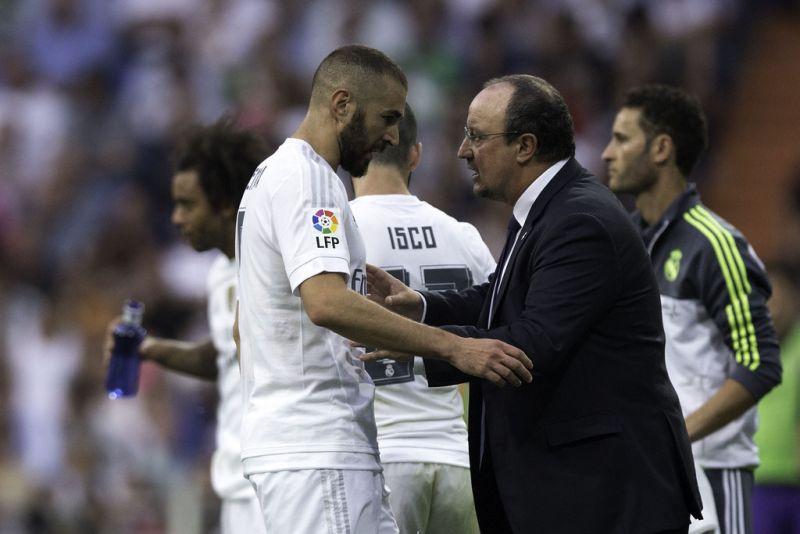 Rafael Benitez dan Benzema (Foto: Getty Images/Gonzalo Arroyo)