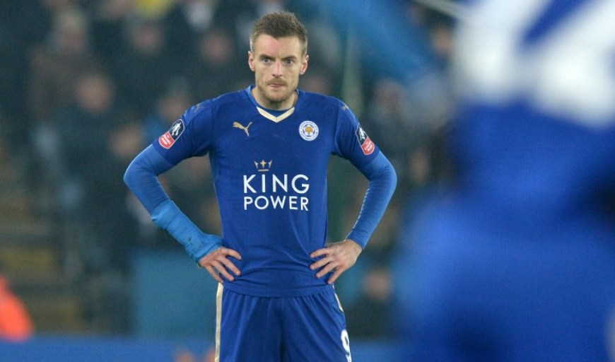 Vardy resmi memperpanjang masa baktinya dengan Leicester. (Foto:AFP/Oli Scarff)