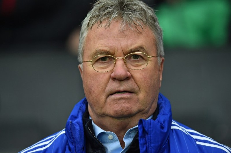 Hiddink mengkritik gaya bermain United. (Foto:AFP/Ben Stansall)