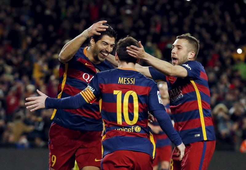 Permainan Barca lebih memukau saat menjalani latihan. (Foto: REUTERS/Albert Gea)