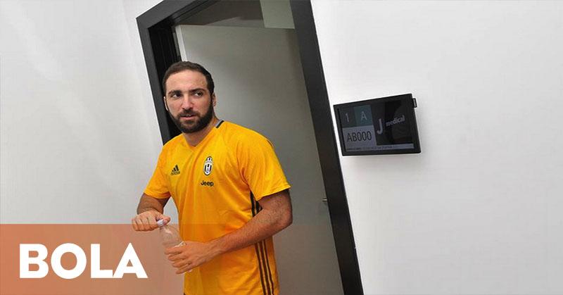 Trofi Liga Champions Jadi Target Higuain Bersama Juventus