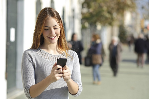 Mendadak Butuh Pulsa, Beli Online Aja