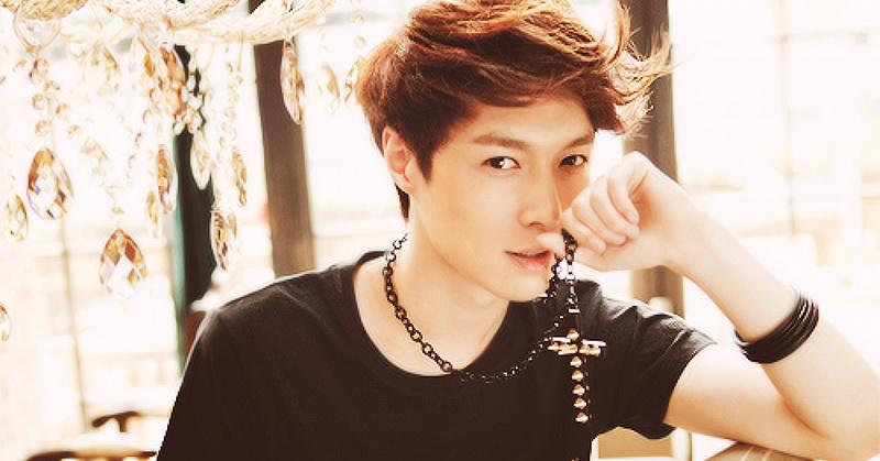 Lay 'EXO' (Foto: Baomoi)
