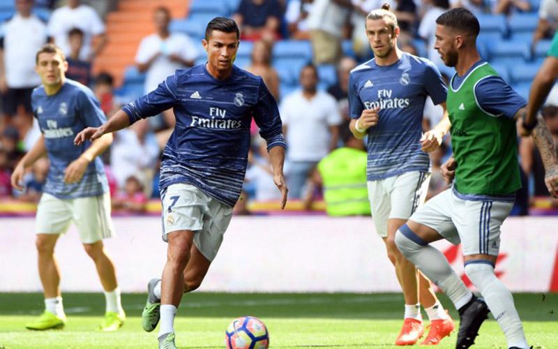 Cristiano Ronaldo dan Gareth Bale (Foto: AFP)