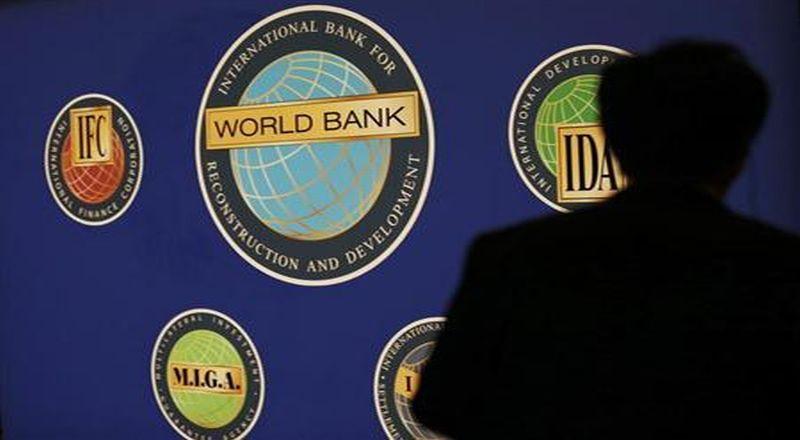\Defisit Anggaran 2,7%, Sri Mulyani Disarankan Pinjam ke World Bank\