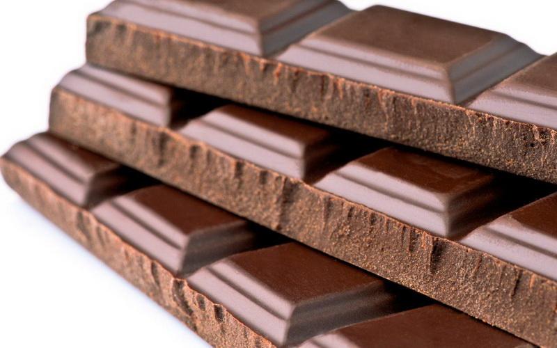 5 Alasan Anak-Anak Suka Makan Cokelat