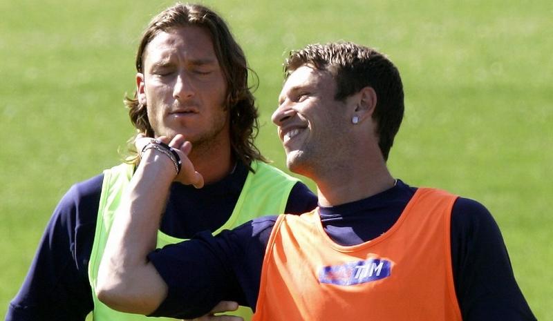Francesco Totti (kiri) dan Antonio Cassano (Foto: AFP)