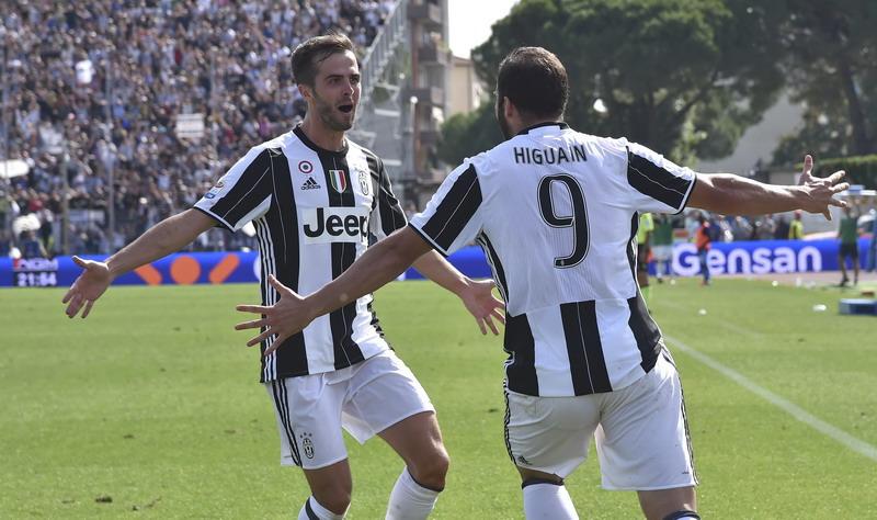 Juventus tak miliki kelemahan. (Foto: REUTERS/Alberto Lingria)