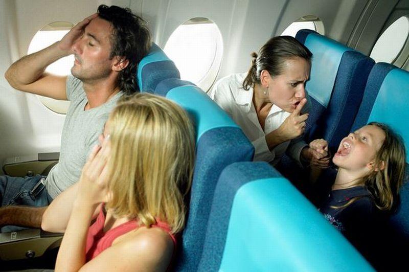 Maskapai Ini Membuat Area Bebas Anak di Kabin Pesawat