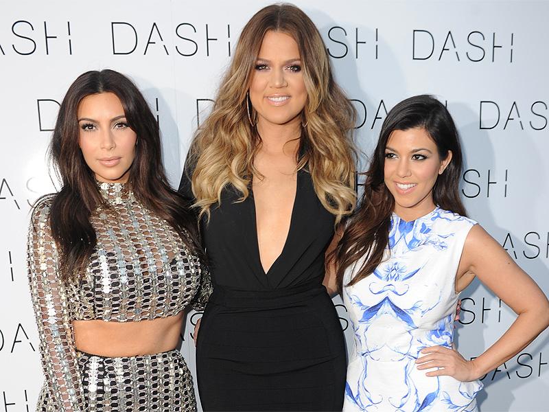 Ups, Lini Busana Kim Kardashian Dituntut!