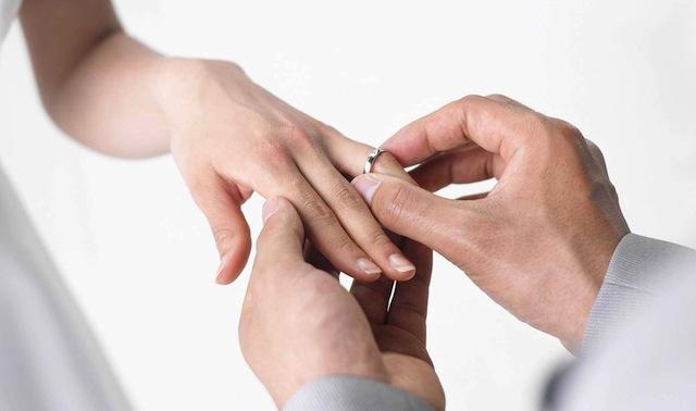 Trik Bijak Memilih Cincin Berlian untuk Pernikahan (Part I)