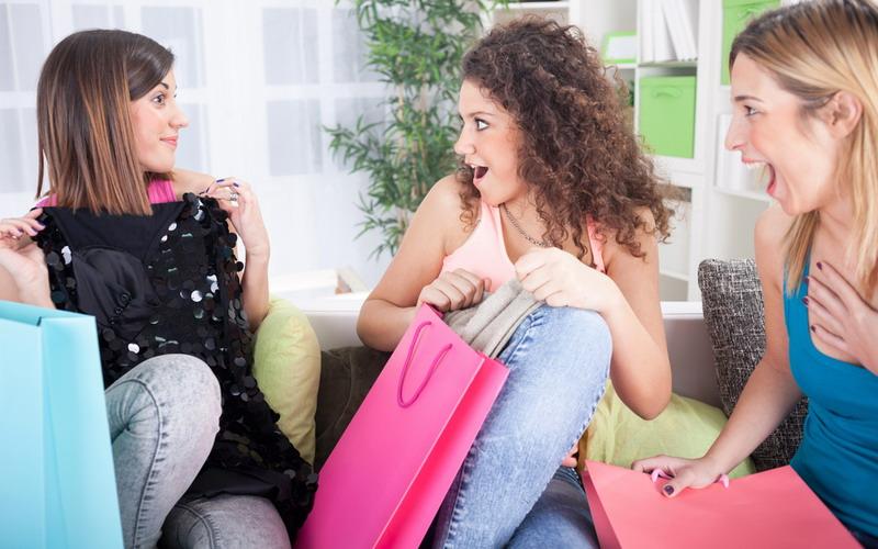 Tabiat Wanita Materialistis Bisa Diubah dengan Cara Ini