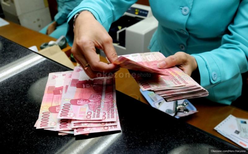 \Rupiah Rp13.045, Menguat Berkat Pelemahan Dolar AS\