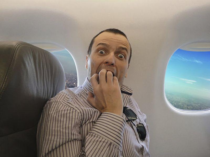 Cara Ampuh Atasi Phobia saat Naik Pesawat