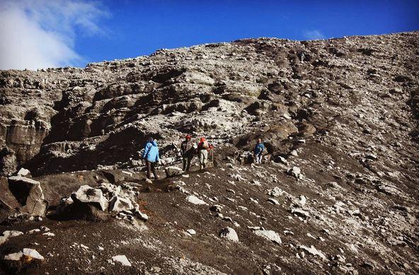 EKSPEDISI KERINCI: 2 Hal yang Harus Diperhatikan saat Mendaki Gunung Kerinci