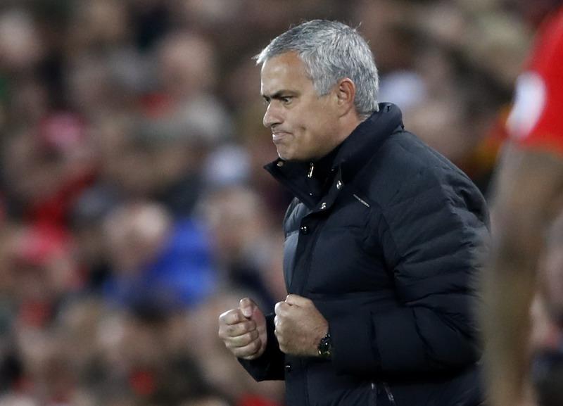 Mourinho sanggup pengaruhi atmosfer Anfield. (Foto: REUTERS/Carl Recine)