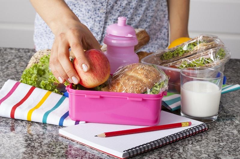 3 Hal yang Sering Dilupakan saat Membawa Bekal Sehat