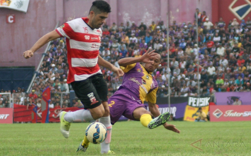 Madura United jalani laga tandang kontra Bali United (Foto: Antara)