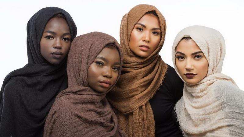 Kini, Hadir Jilbab Sesuai Warna Skin Tone