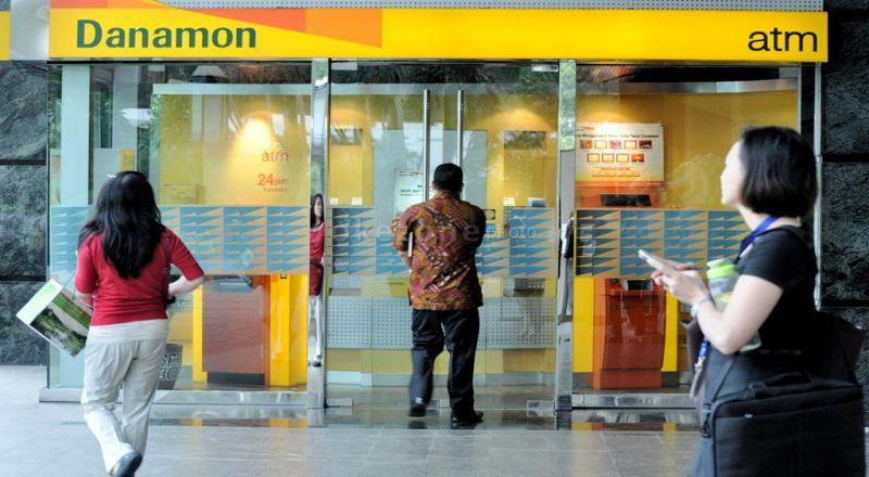 \Karyawan Bank Danamon Demo, Ini yang Dituntut\