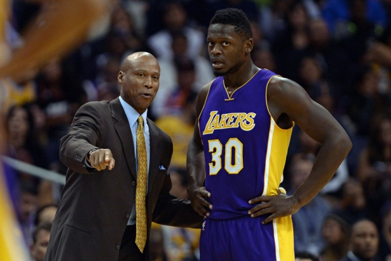 Julius Randle dan sang Pelatih, Byron Scott. (Foto: USA Today)