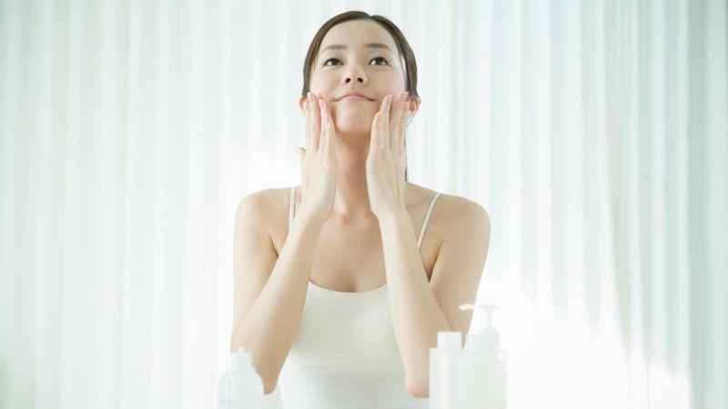 Cermati Produk Skincare Anda, Apakah Mengandung Zat Kimia Berbahaya?