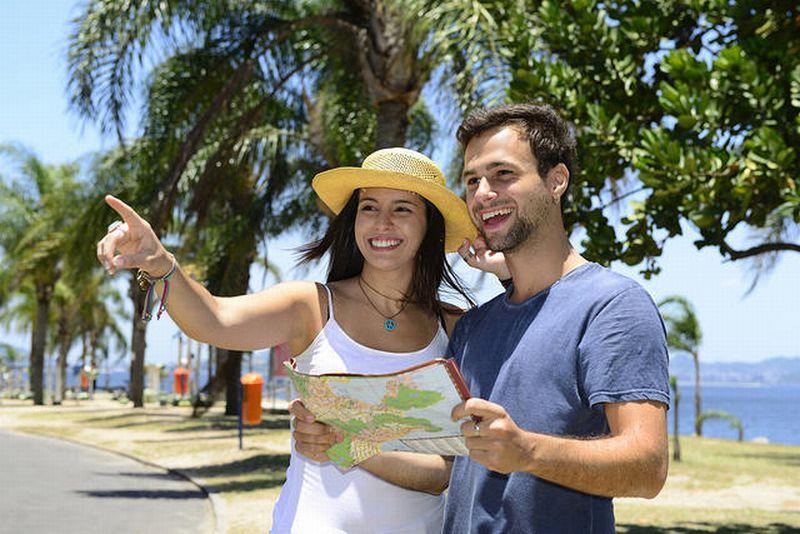 Anak Muda Rela Keluarkan Banyak Uang untuk Keliling Dunia