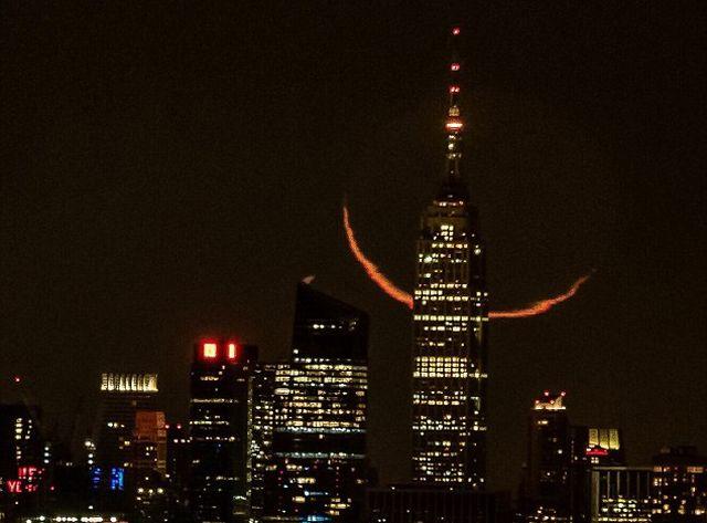 Foto Bulan Tua Paling Menakjubkan Ditangkap di New York