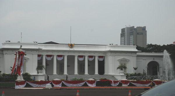 \TERPOPULER: Kekhawatiran Sri Mulyani Terhadap Istana Negara\