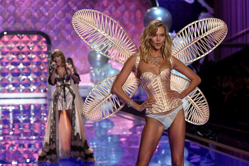 Absen dari Panggung Victoria Secret, Karlie Kloss Sedih