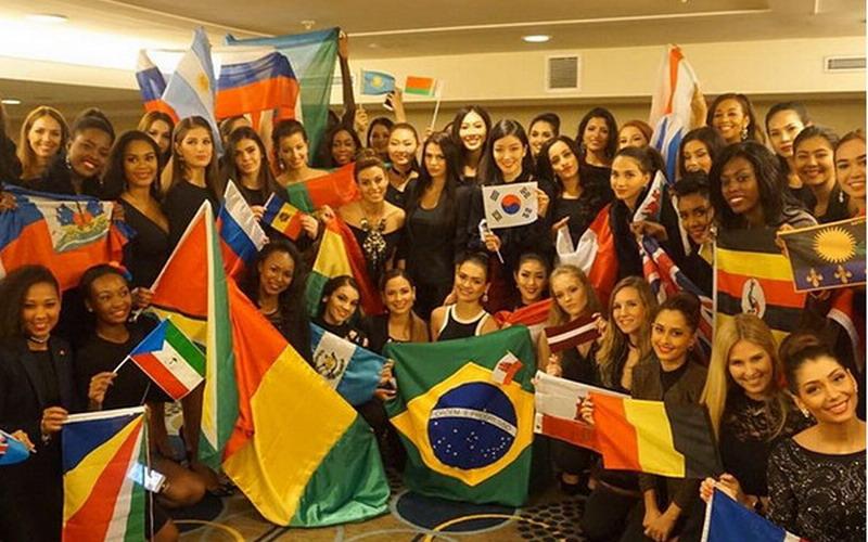 MISS WORLD 2016: Kontestan Miss World Kompak Pakai Baju Hitam Tanda Solidaritas Tim Sepakbola Brasil