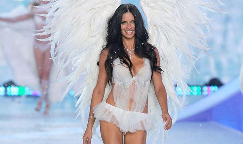 TOP FASHION: Siap Mengguncang Victoria Secret, Ini Rahasia Tubuh Fit Adriana Lima