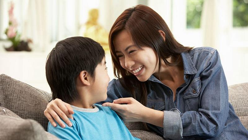 Perhatikan Hal Penting Ini ketika Bercerita pada Anak