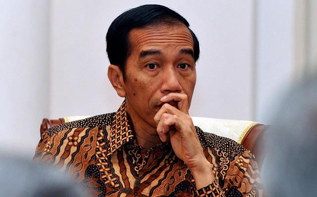 \Jokowi Ungkap 3 Penghambat Pertumbuhan Ekonomi Indonesia\