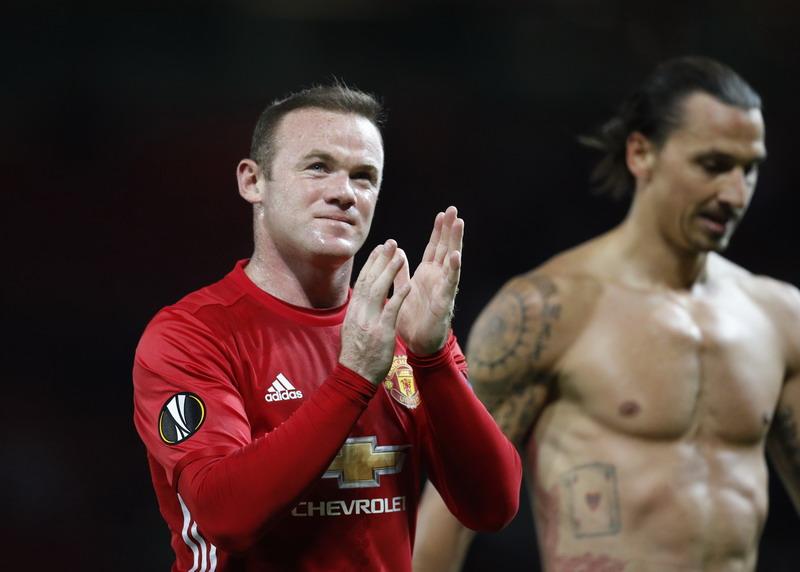 Rooney tampil sebagai starter. (Foto: REUTERS/Darren Staples)