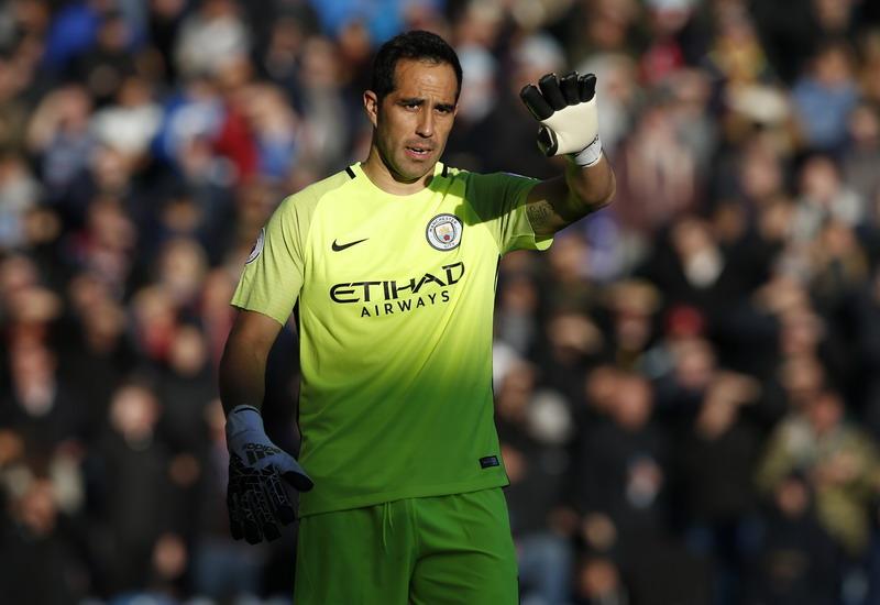 Bravo titik lemah Man City. (Foto: REUTERS/Andrew Yates)