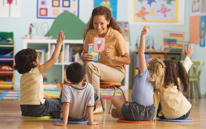 Mencerdaskan Anak Dimulai dari Hal Sederhana