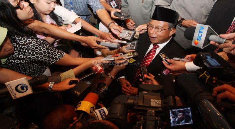 \Akhirnya Jokowi Datangi Aksi Damai 212, Ini Komentar Menko Darmin\