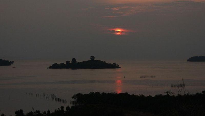 Kecantikan Terumbu Karang Pulau Abang Tak Kalah Dibanding Raja Ampat