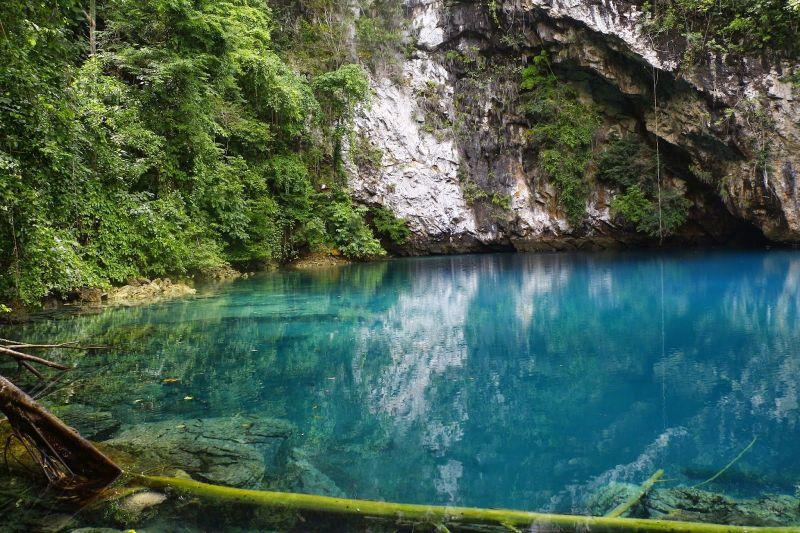 Indahnya Pesona Danau Biru di Sulawesi Selatan